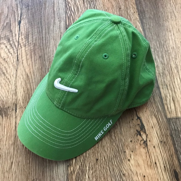 4f5a5fa20ef48 Nike Hat Cap NikeGolf Green Cap Baseball Snapback.  M 5ac650ef1dffdac4f5ad71f2